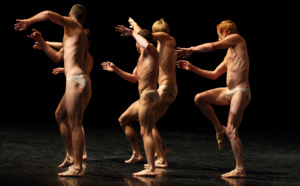 """Jeudi 19 mai, 20h30 - Danse - """"La Fulgurance du Vivant""""  Des corps sublimés par la danse, violents, fragiles, en suspension..."""